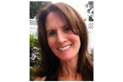 Tracy Stopler - Novelist and Registered Dietitian